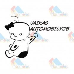 Lipdukas VAIKAS AUTOMOBILYJE (kūdikis mergaitė)